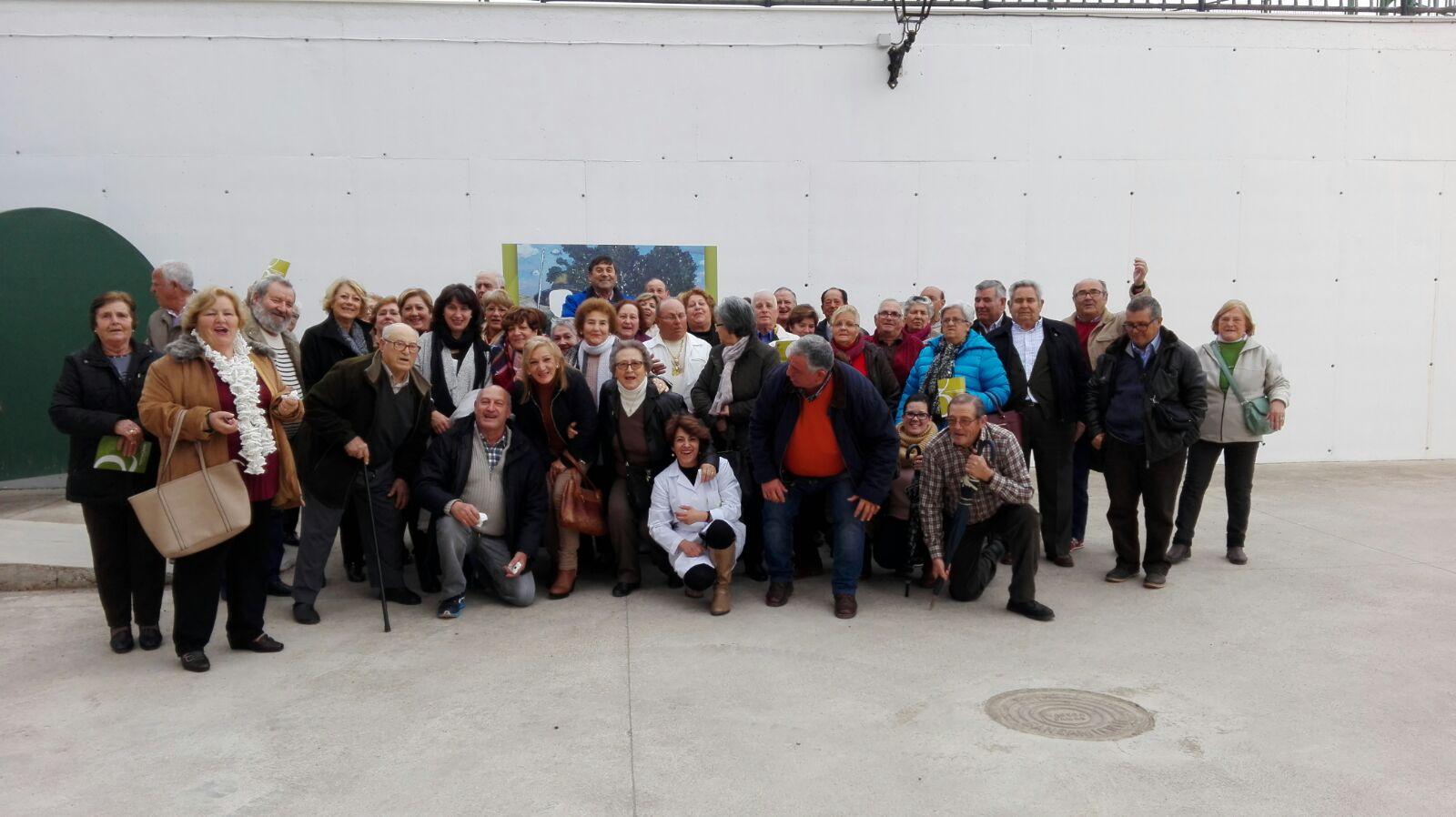 Visita de un grupo de amigos de Brenes (Sevilla)